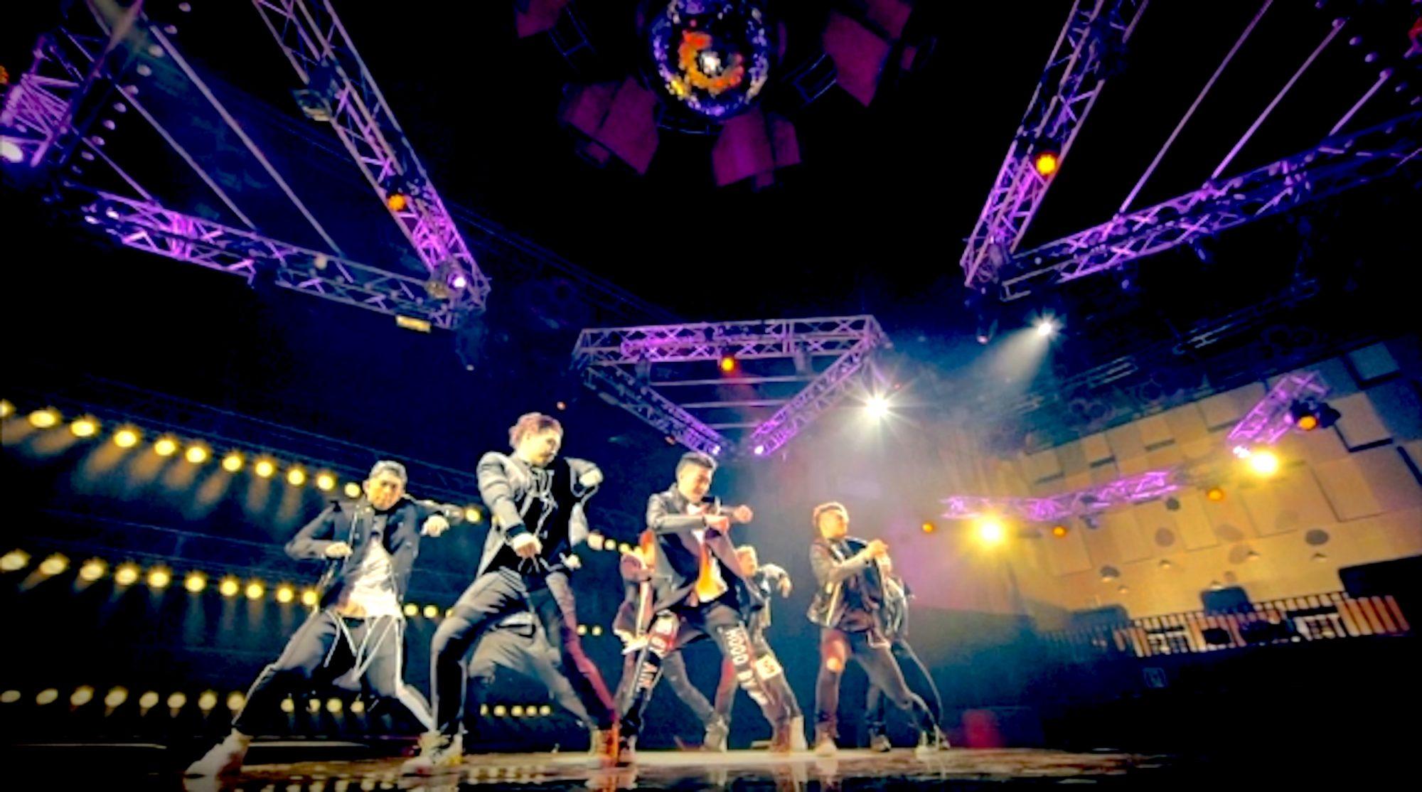 話題のカリスマモデル紗蘭&藤田ニコルが回る!世界的ダンスチームの記念すべきメジャー第一弾シングルのMVは目が回る360°回転ライブ!